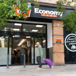 Economy Cash en la calle Padre Tomás Montañana de Valencia