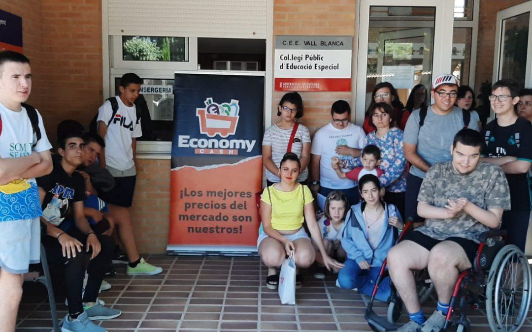 Economy Cash colabora con el Centro de Educación Especial Vall Blanca